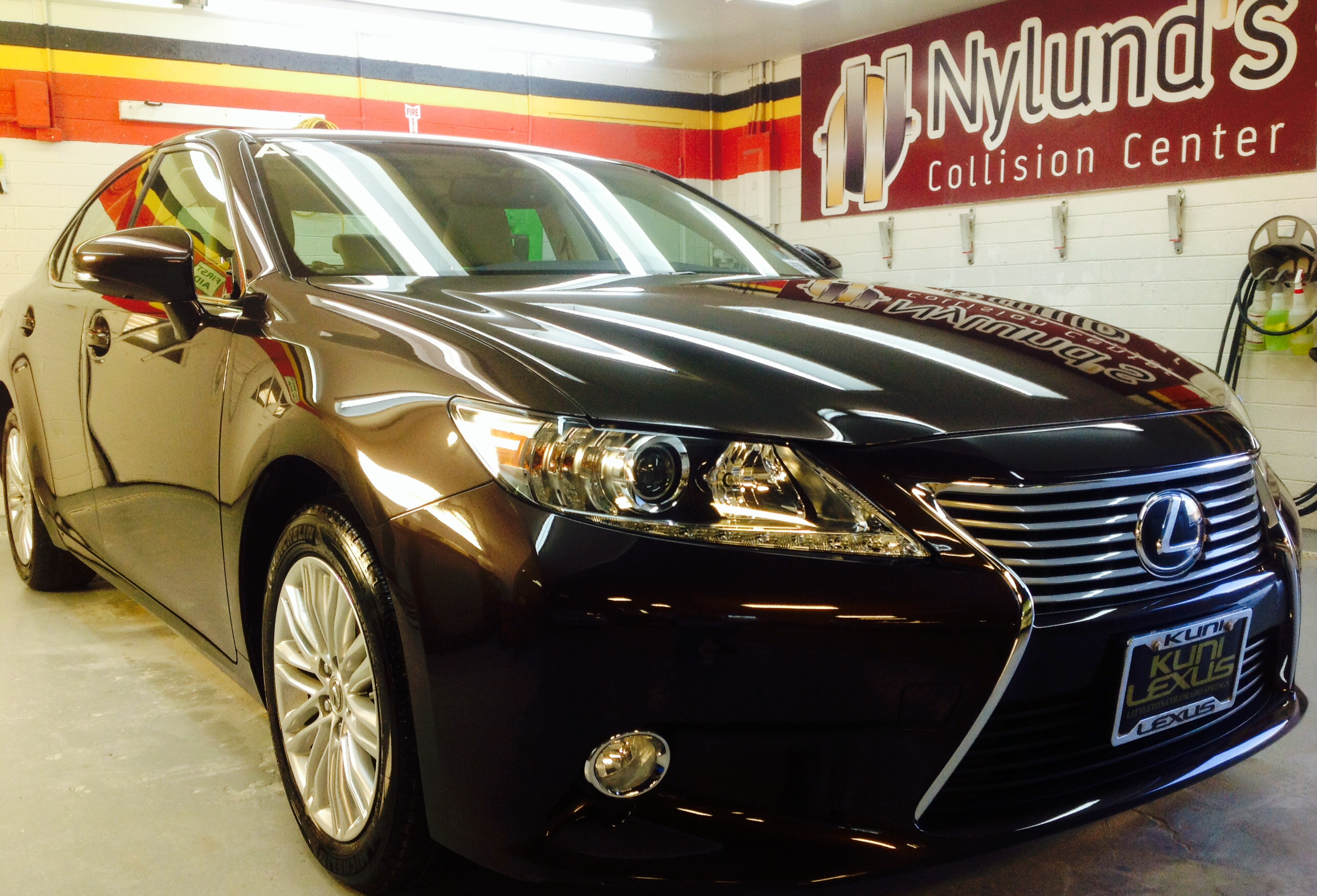 How Much Does It Cost To Repair A Dent On Lexus ES - Lexus car repair